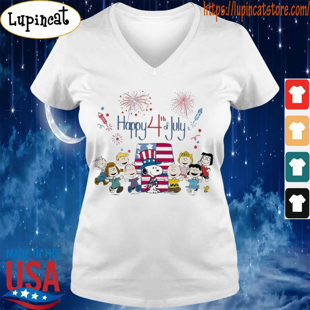 The peanuts happy 4th of July American flag s V-neck