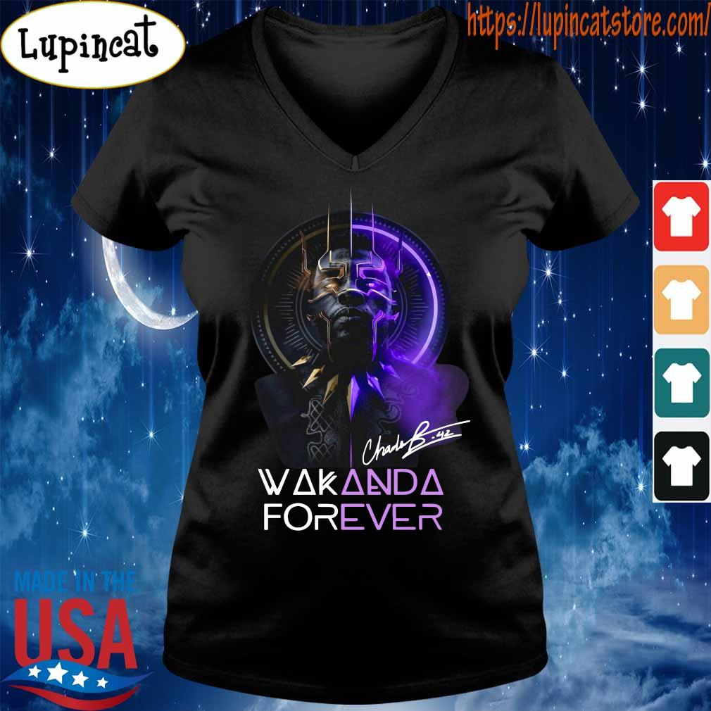 Chadwick Boseman Black Panther Wakanda king forever legend never die s V-neck